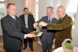 Arcivovojvoda Michael a gróf József Károlyi uvádzajú knihu do života